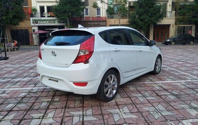 Cần bán Hyundai Accent đời 2014, màu trắng chính chủ5