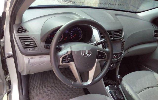 Cần bán Hyundai Accent đời 2014, màu bạc, xe nhập chính chủ4