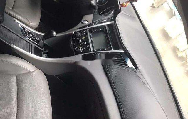 Bán Hyundai Sonata năm sản xuất 2011 còn mới4