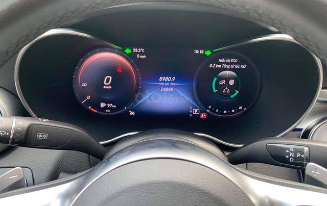 Mua xe giá thấp với chiếc Mercedes-Benz C300 AMG đời 2020, giao nhanh3