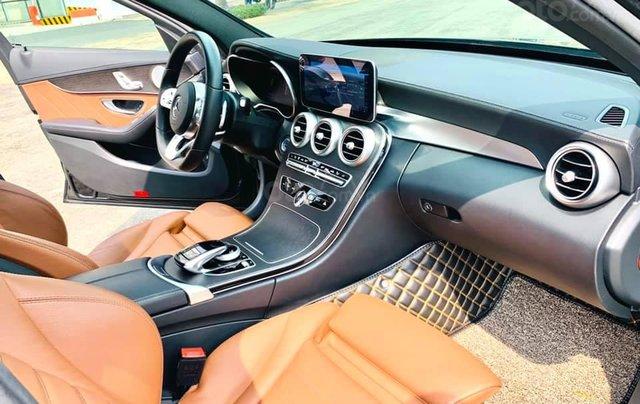 Mua xe giá thấp với chiếc Mercedes-Benz C300 AMG đời 2020, giao nhanh4