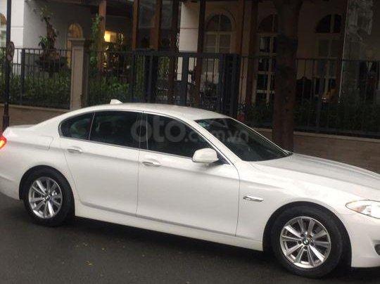 Cần bán xe BMW 520i sx 2013 model 2014, màu trắng0