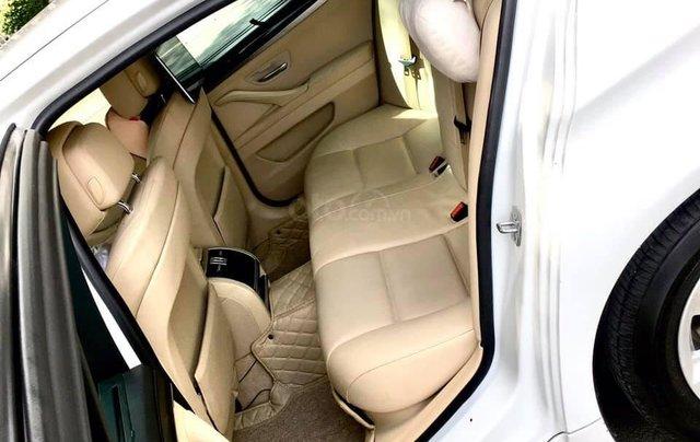 Cần bán xe BMW 520i sx 2013 model 2014, màu trắng1