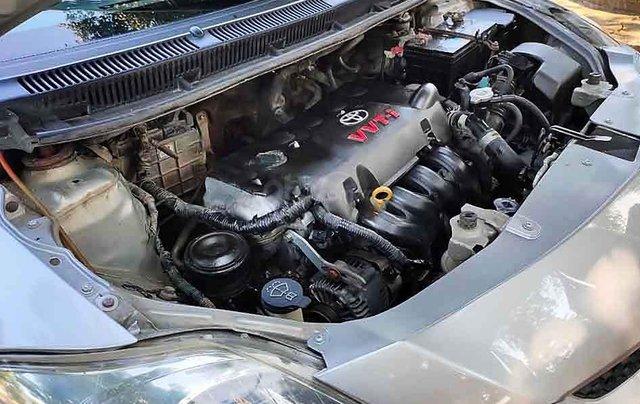 Bán Toyota Vios sản xuất năm 2008, màu bạc chính chủ 2