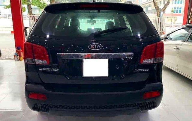 Cần bán Kia Sorento năm sản xuất 2011, màu đen, xe nhập còn mới4