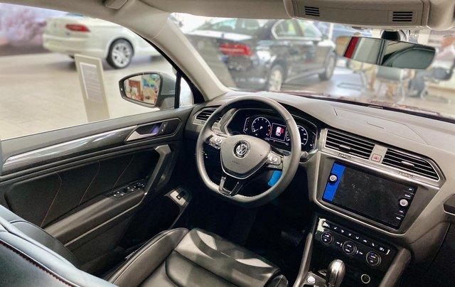 Tiguan Luxury màu đỏ đô hợp cho khách hàng mệnh hỏa thổ - Khuyến mãi khủng cuối năm xe nhập khẩu số lượng có hạn5