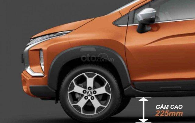 Mitsubishi Xpander Cross 2020. Ưu đãi lớn3