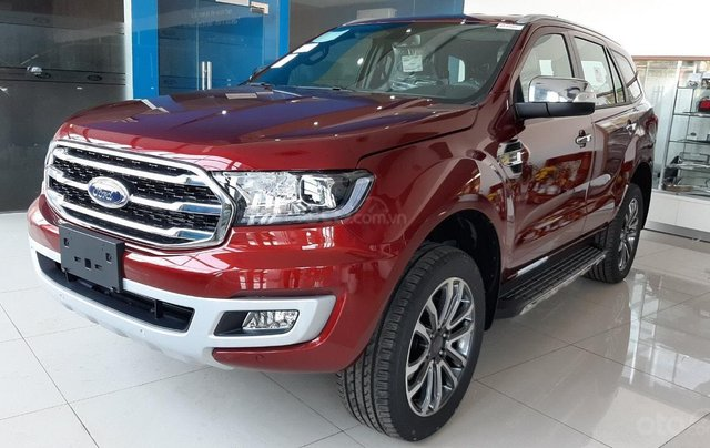 Ford Everest khuyến mãi khủng cuối năm, thời điểm sở hữu xe tốt nhất0