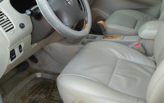 Chính chủ bán Toyota Innova sản xuất năm 2009, số tự động, màu vàng, giá tốt5