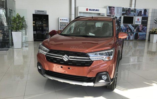 Suzuki Quận 12 giảm giá xe XL7 màu cam lên đến 20 triệu LH ngay, lãi suất 0%0