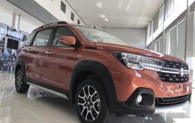 Suzuki Quận 12 giảm giá xe XL7 màu cam lên đến 20 triệu LH ngay, lãi suất 0%3