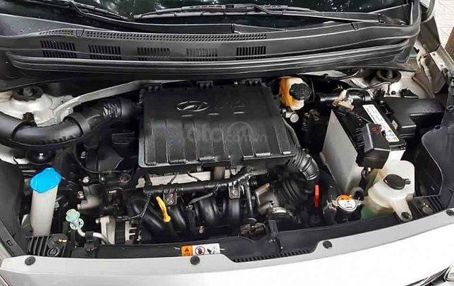 Xe Hyundai Grand i10 năm 2017, màu bạc, nhập khẩu nguyên chiếc còn mới, giá 355tr1