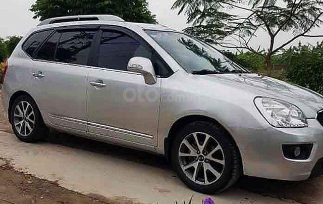 Bán Kia Carens năm sản xuất 2014, màu bạc còn mới, giá tốt2