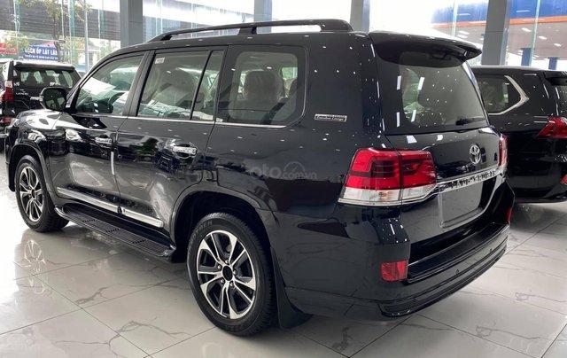 Toyota Land Cruiser 2021 máy dầu, bản cao cấp đủ đồ nhất, xe giao ngay5