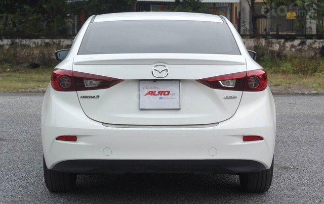 Cần bán gấp chiếc Mazda 3 1.5 AT sản xuất 2017, hoạt động lại cực kì ổn định1