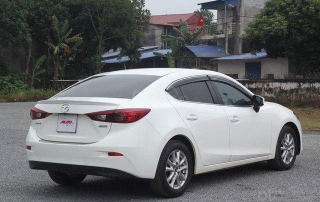 Cần bán gấp chiếc Mazda 3 1.5 AT sản xuất 2017, hoạt động lại cực kì ổn định2