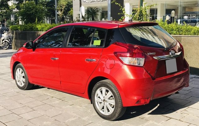 Cần bán nhanh Toyota Yaris 1.3G 20165