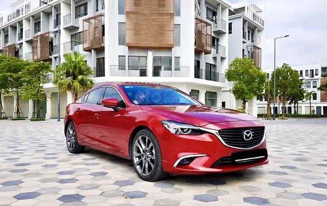 Cần bán gấp Mazda 6 sản xuất 2018, màu đỏ còn mới, giá chỉ 805 triệu0