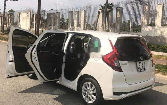 Bán ô tô Honda Jazz sản xuất 2018, màu trắng, nhập khẩu còn mới, giá chỉ 470 triệu2