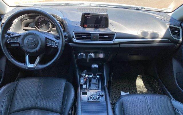 Cần bán Mazda 3 sản xuất 2018, màu trắng, 585tr5
