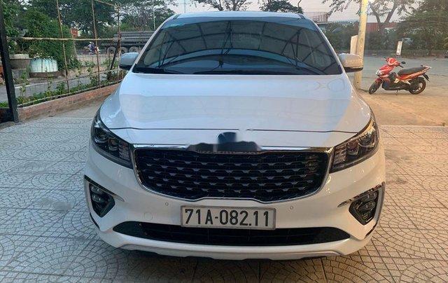 Cần bán lại xe Kia Sedona 2020, màu trắng còn mới0