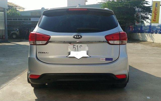Bán Kia Rondo sản xuất năm 2015, màu bạc4