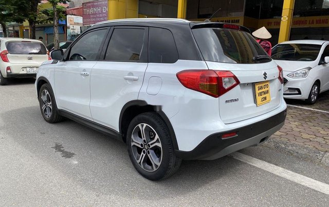 Xe Suzuki Vitara 2016, màu trắng, nhập khẩu4
