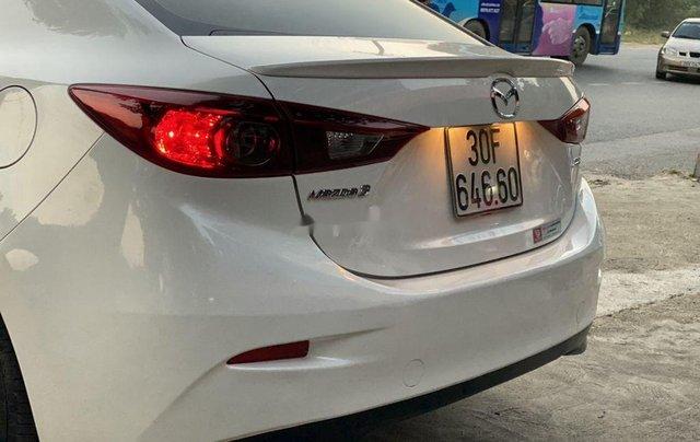 Bán Mazda 3 năm sản xuất 2017, màu trắng3