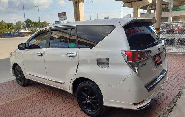 Cần bán lại xe Toyota Innova đời 2019, màu trắng, 790tr0