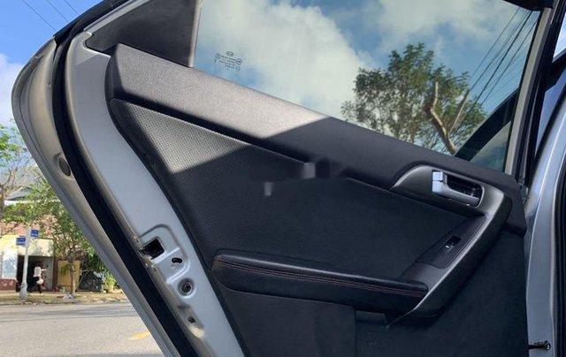 Cần bán xe Kia Forte 2012, màu bạc chính chủ9