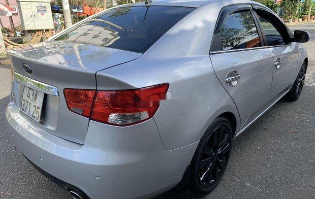 Cần bán xe Kia Forte 2012, màu bạc chính chủ3