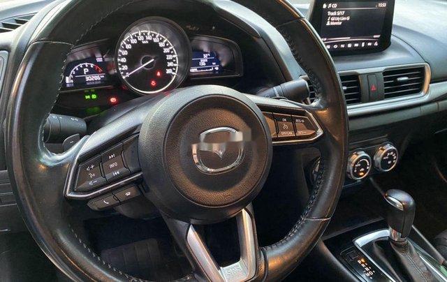 Bán Mazda 3 năm sản xuất 2017, màu trắng6