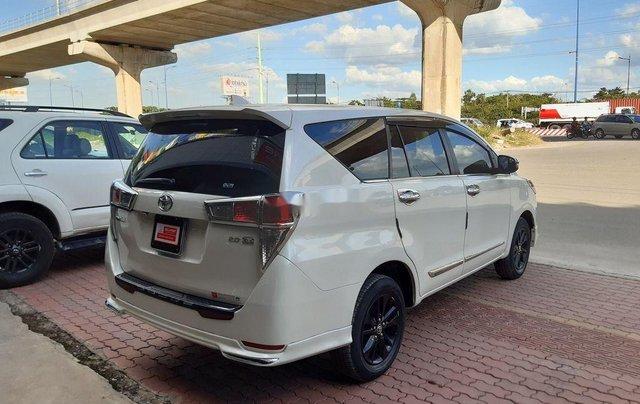 Cần bán lại xe Toyota Innova đời 2019, màu trắng, 790tr5