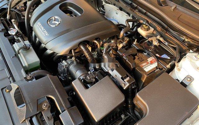 Bán Mazda 3 năm sản xuất 2017, màu trắng11