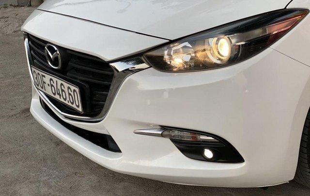 Bán Mazda 3 năm sản xuất 2017, màu trắng1