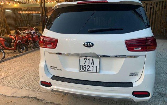 Cần bán lại xe Kia Sedona 2020, màu trắng còn mới3