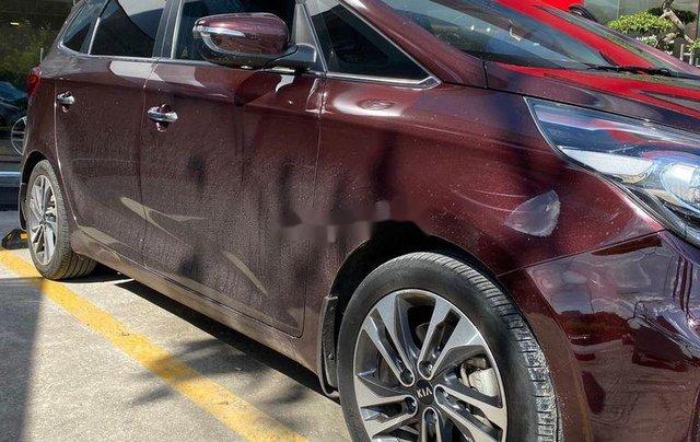 Cần bán Kia Rondo sản xuất năm 2017, xe nhập còn mới1