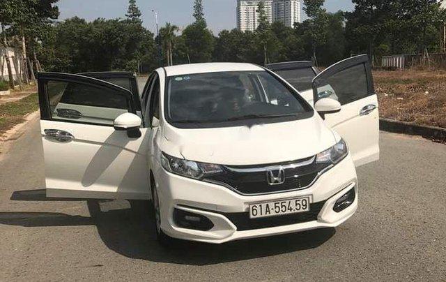 Bán ô tô Honda Jazz sản xuất 2018, màu trắng, nhập khẩu còn mới, giá chỉ 470 triệu0