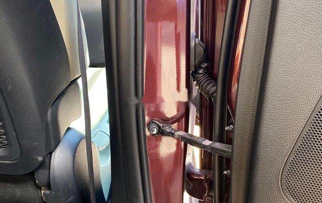 Cần bán Kia Rondo sản xuất năm 2017, xe nhập còn mới5