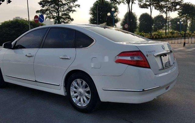Cần bán xe Nissan Teana sản xuất 2010, màu trắng, nhập khẩu, giá 416tr2