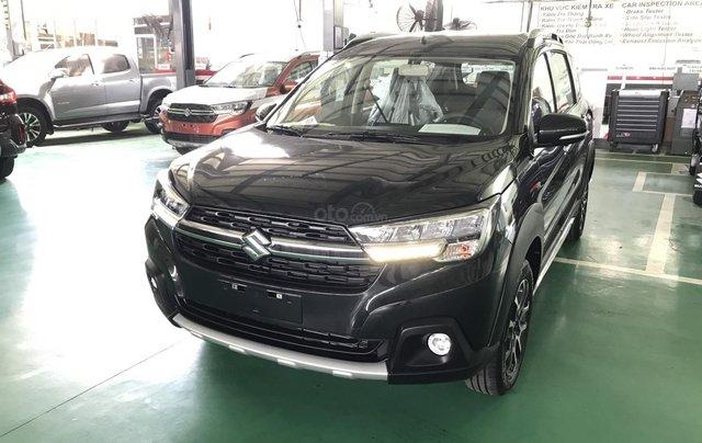 Suzuki XL7 màu đen SUV 7 chỗ nhập khẩu, hỗ trợ trả góp 0% tại Suzuki quận 123