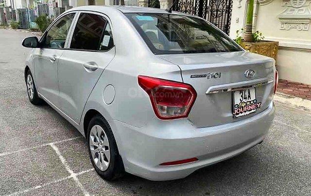Bán Hyundai Grand i10 năm 2016, màu bạc, nhập khẩu nguyên chiếc còn mới3