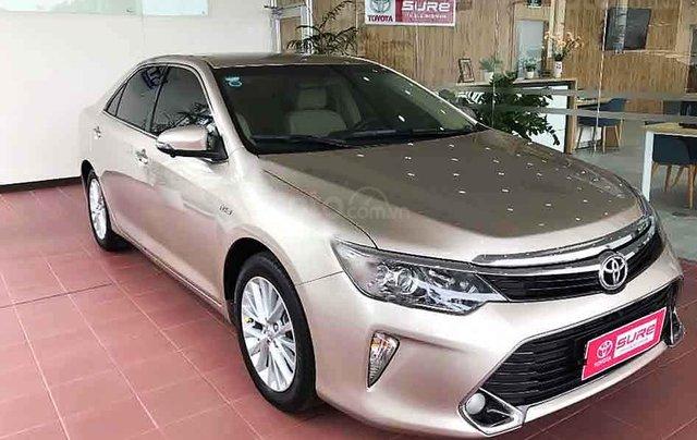 Cần bán xe Toyota Camry sản xuất năm 2018 còn mới0
