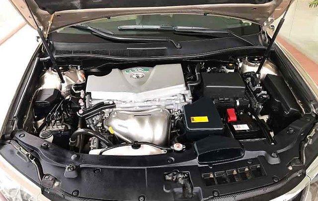 Cần bán xe Toyota Camry sản xuất năm 2018 còn mới4