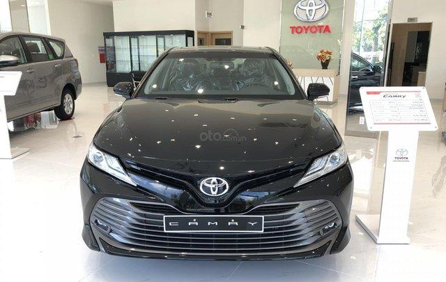 Toyota Camry 2.5Q 2020-ưu đãi lớn tri ân khách hàng dịp cuối năm-mua xe chỉ với 300tr0