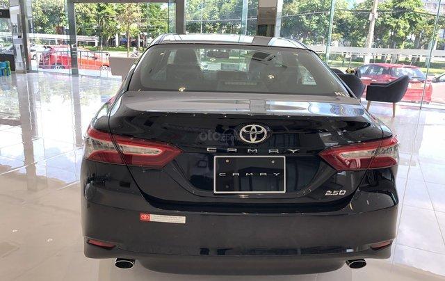 Toyota Camry 2.5Q 2020-ưu đãi lớn tri ân khách hàng dịp cuối năm-mua xe chỉ với 300tr3