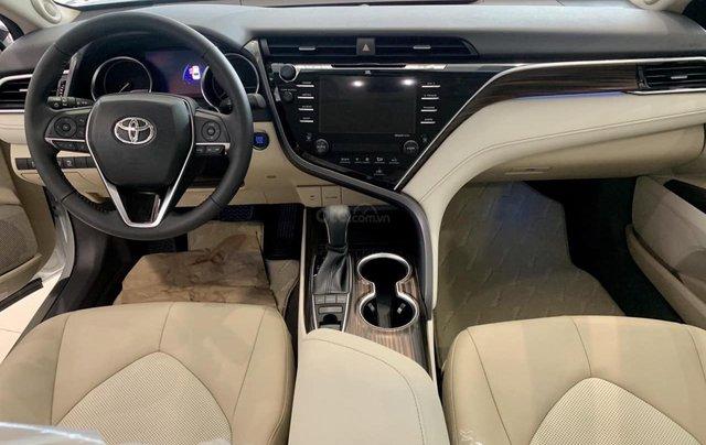 Toyota Camry 2.5Q 2020-ưu đãi lớn tri ân khách hàng dịp cuối năm-mua xe chỉ với 300tr8