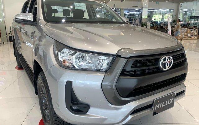 Toyota Tân cảng bán Toyota hilux 2021 máy dầu số tự độn - nhiều ưu đãi lớn tri ân khách hàng cuối năm2
