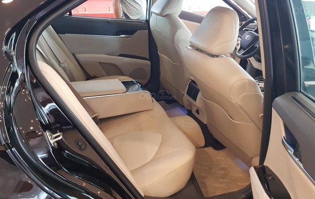 Toyota Camry 2.5Q 2020 mới full option8