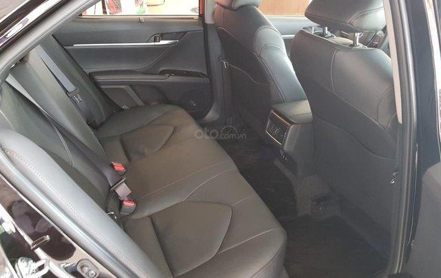 Toyota Camry 2.5Q 2020 mới full option9
